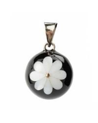 Mexický prívesok BOLA pre tehotné ženy - black decorative white flower